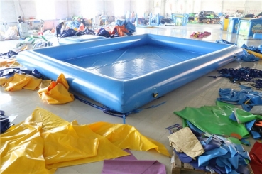 Pool aufblasbar, für Wasserbälle oder Kinderboote - 6x8 m zzgl. Einstieg (aB)